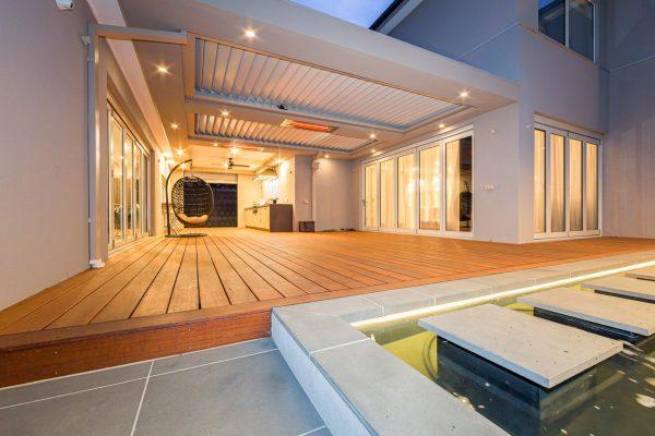 Ultimate Louvre Verandah - deck & kitchen - Doncaster - Australia